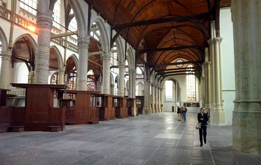 Chiesa vecchia interni